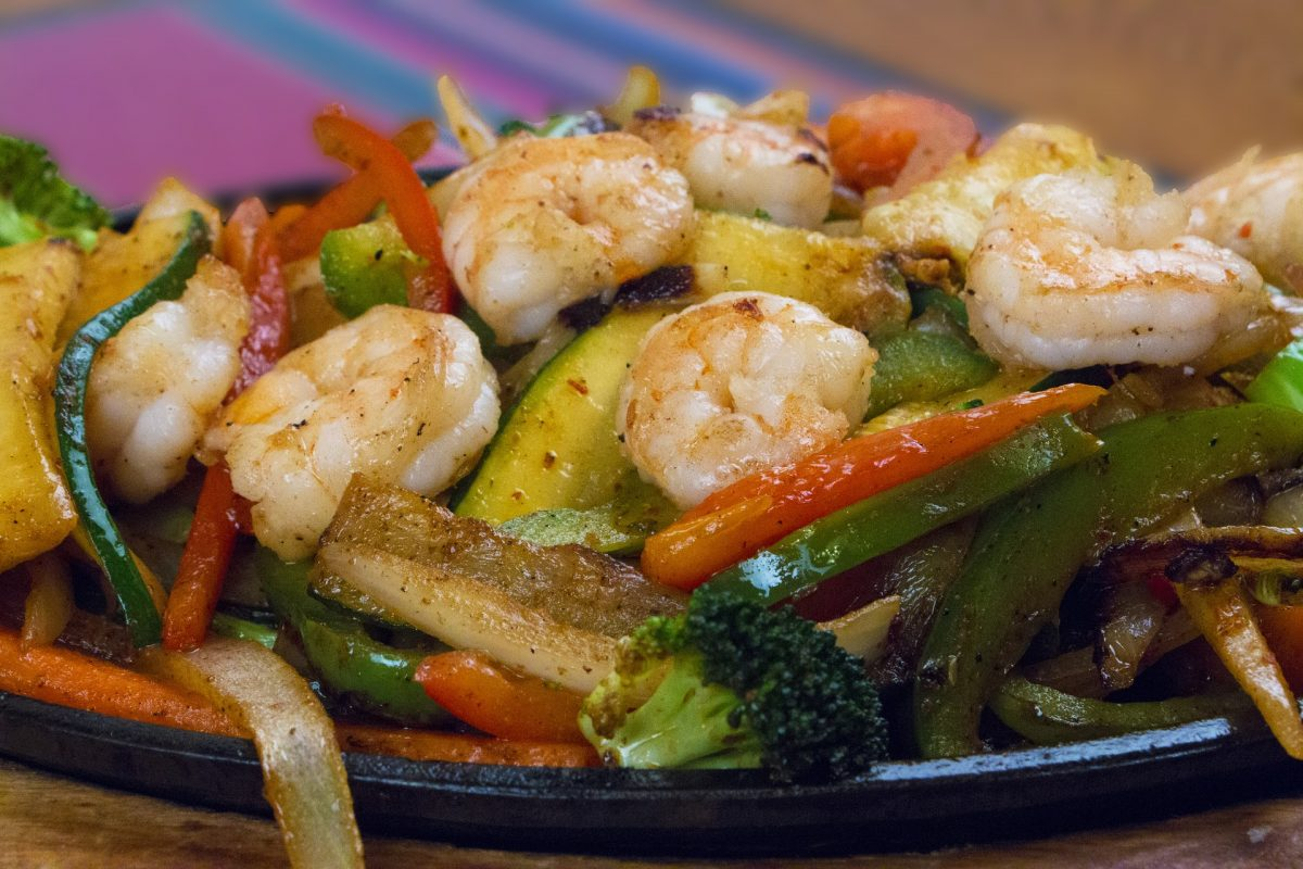 Shrimp fajitas with squash and other vegetables.